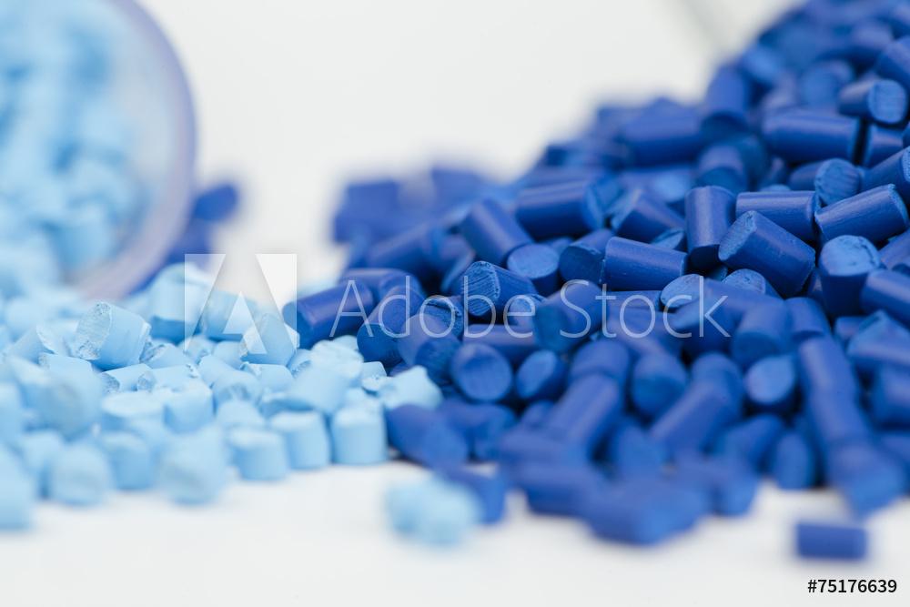 Koncentraty barwiące do tworzyw sztucznych, modyfikatory, wypełniacze